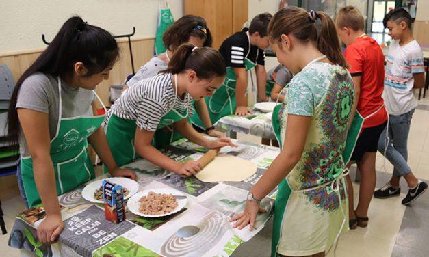 La juventud manzanareña demuestra su maestría en la cocina