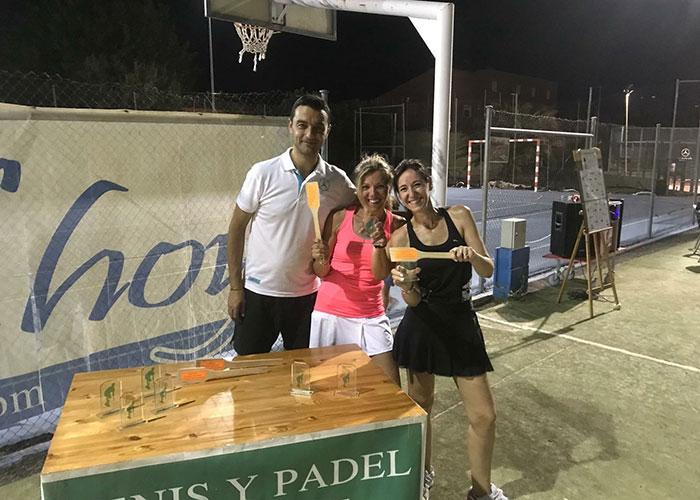 Torneo pádel nocturno en Poblete por Santa Magdalena