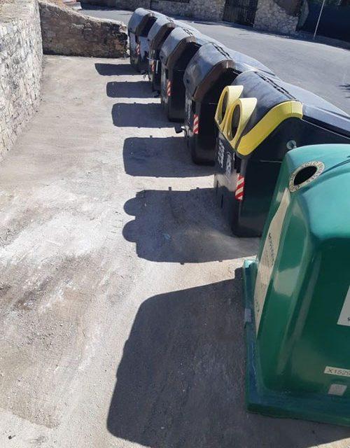 La campaña municipal de control de puntos negros de basura permite neutralizar una docena de focos en la capital en apenas mes y medio de funcionamiento