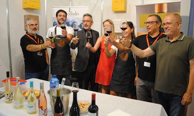"""Jesús Martín destaca que el Túnel del Vino muestra """"el esfuerzo de agricultores e industriales"""""""