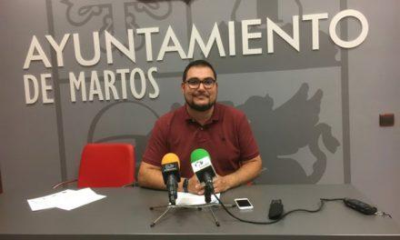 El Ayuntamiento de Martos concede ayudas a una treintena de familias dentro del programa de adquisición de libros