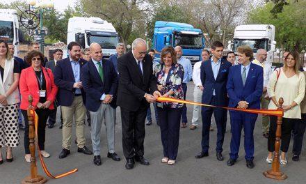 Manzanares inaugura la I Feria Nacional de Vehículos Industriales de Ocasión
