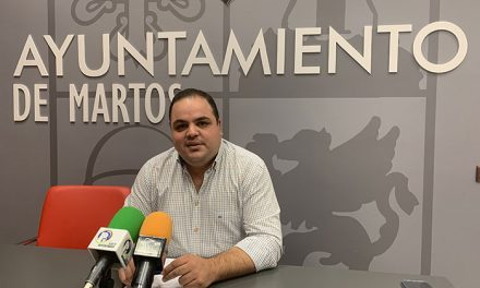 El alcalde de Martos destaca que la propuesta de ordenanzas fiscales sigue congelando los impuestos al tiempo que incentiva el casco antiguo y la actividad económica