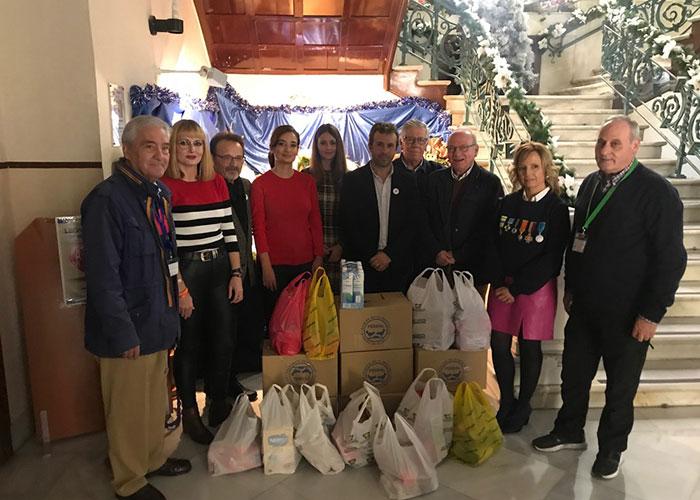 El alcalde agradece la colaboración de los empleados municipales con la Fundación del Banco de Alimentos de Jaén