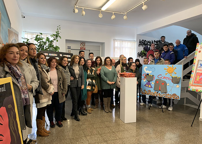 Inaugurada la exposición de carteles contra la violencia de género