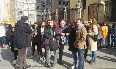 Cerca de 1.000 alumnos de diferentes institutos de Jaén participan en una actividad contra la violencia de género