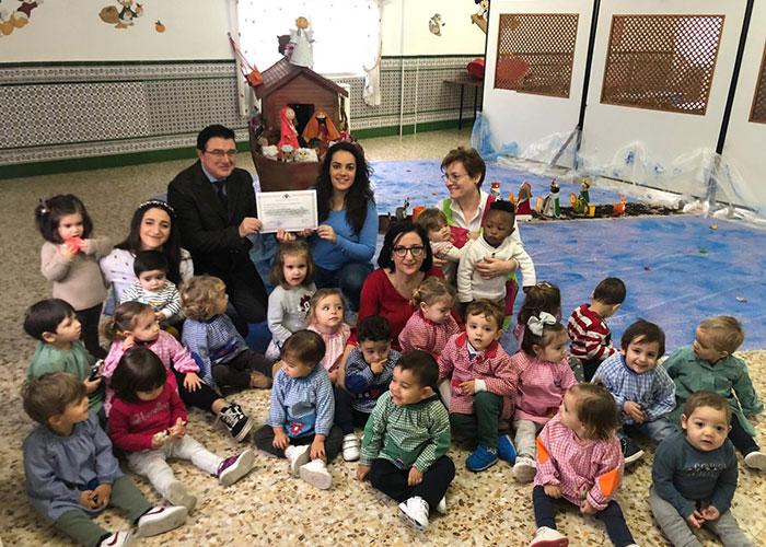 El Gobierno local hace entrega de los diplomas acreditativos y premios a los Centros Escolares finalistas del Concurso de Belenes
