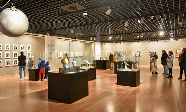 """""""Tintín"""" ha cautivado la atención de más de 4.700 personas que ya han pasado por el Espacio Cultural MIRA de Pozuelo para visitar su exposición"""