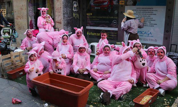 La peña 'El Patacón' abre hoy el carnaval manzanareño