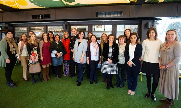Políticas, educadoras, empresarias y juristas de Pozuelo compartieron experiencias sobre su liderazgo en un encuentro con motivo del Día de la Mujer