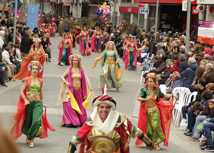"""""""Axonsou"""" se alza con el Arlequín de Oro del Desfile del Domingo de Piñata de Ciudad Real"""