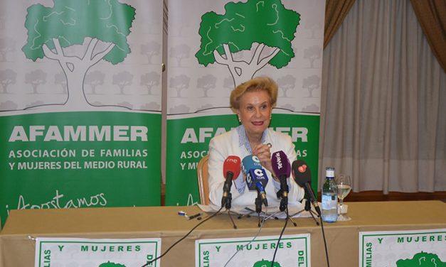 Artículo de Carmen Quintanilla, presidenta Nacional de AFAMMER: No nos dejen morir