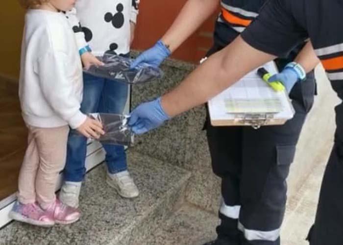 Repartidas en Valdepeñas 5.000 mascarillas destinadas a la protección de los menores