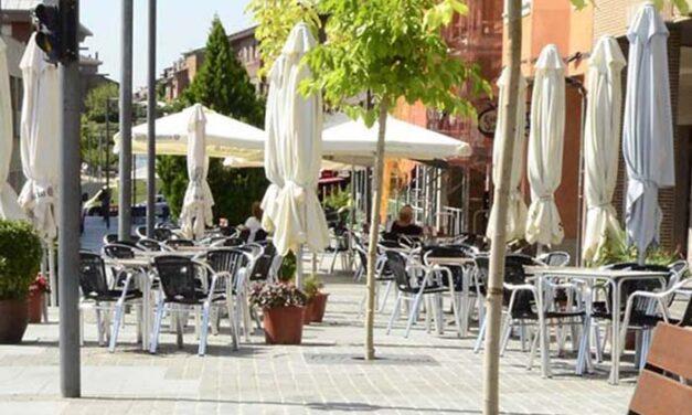El Ayuntamiento de Jaén y los hosteleros establecen un protocolo semanal para canalizar las peticiones de ampliación de terrazas