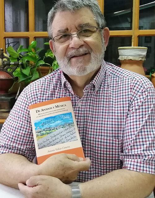 Antonio Vallejo publica la obra 'De apodos y música', un rico estudio interdisciplinar de los motes manchegos