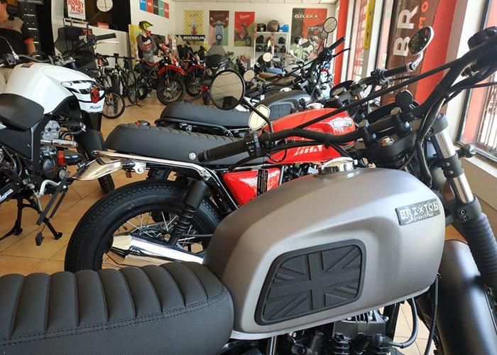 HobbyMoto te asesora en el paso a la 'nueva movilidad' con un gran servicio en motos y bicicletas