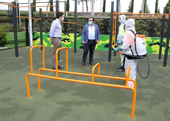 El Ayuntamiento de Boadilla realizará desinfecciones frecuentes en todos los parques del municipio
