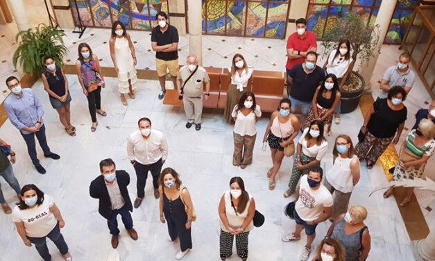 El alcalde valora el trabajo de Jaén Solidario y su campaña de apoyo escolar 'Al lado de mi profe', a través de Scuola di Vita
