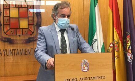 El Ayuntamiento destaca la normalización en el control de los servicios públicos como el transporte, la limpieza, el suministro de agua y de la contratación, que representan más de 50 millones de euros en el último año