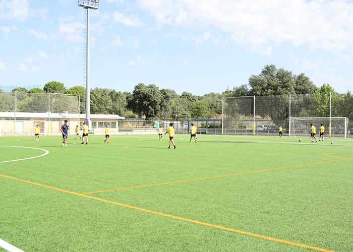 Casi 150 niños participan en las actividades deportivas que ofrecen distintos clubes de Boadilla