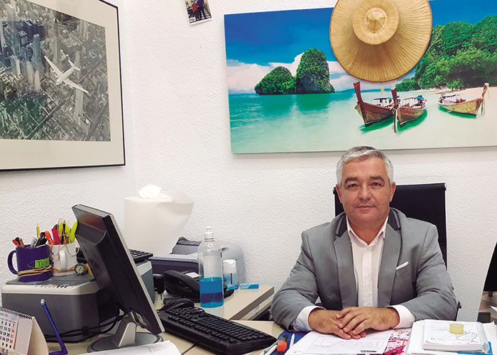 Trino Martínez Berruezo, Secretario y tesorero de la Asociación Provincial de Agencias de Viaje