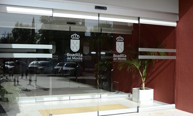 Instaladas puertas automáticas de acceso al Auditorio Municipal de Boadilla