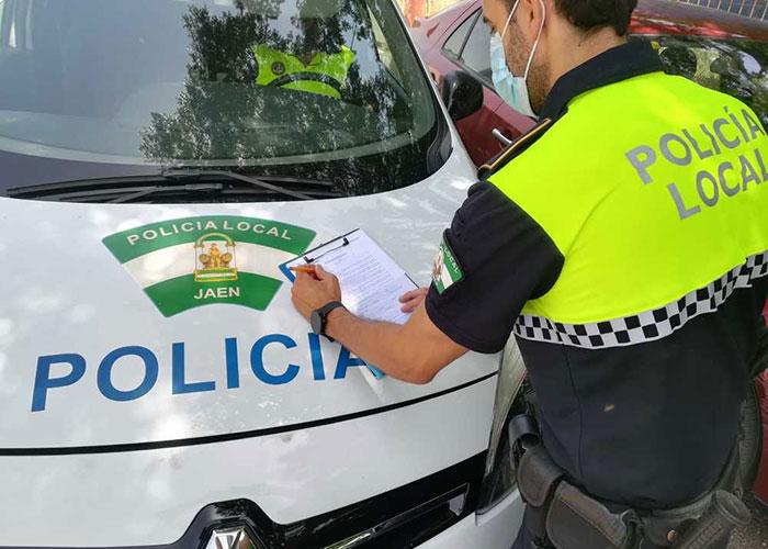 La Policía Local de Jaén levanta 24 actas por no emplear la mascarilla y 29 por botellón