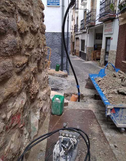 El Ayuntamiento de Jaén invierte 54.000 euros en la renovación de la red de abastecimiento y alcantarillado en la calle Fajardo