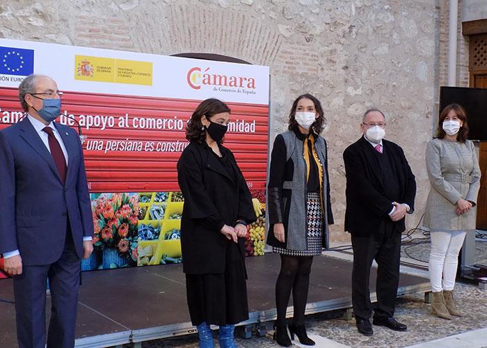 """Reyes Maroto en Ciudad Real: """"Reactivar el comercio es condición necesaria para reactivar España por lo que animo a hacer las compras de Navidad en este sector"""""""