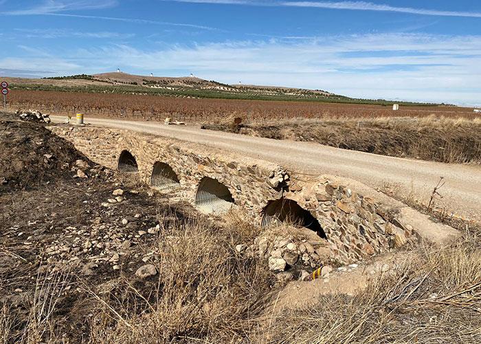 Alcázar y Herencia firman un convenio de colaboración para restaurar el puente de Valdespino