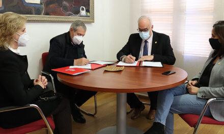 El Ayuntamiento renueva su convenio de colaboración con Cáritas Interparroquial de Manzanares