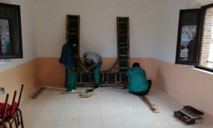 El Ayuntamiento de Toledo mejora la capilla del cementerio municipal de Azucaica y los accesos a través del Plan de Empleo
