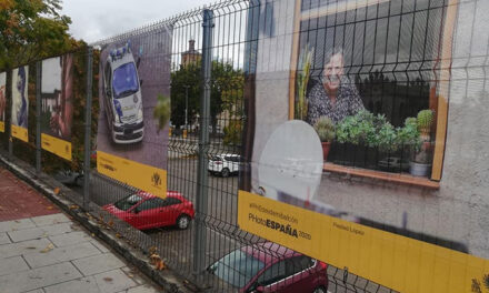La exposición de PHotoEspaña llega a su recta final tras recorrer los barrios de la ciudad y dar participación a la ciudadanía local