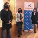 Asuntos Sociales, Fundación «La Caixa» y «UniRadio Jaén» suman esfuerzos para distribuir tabletas digitales a los mayores y reducir la brecha digital que sufren