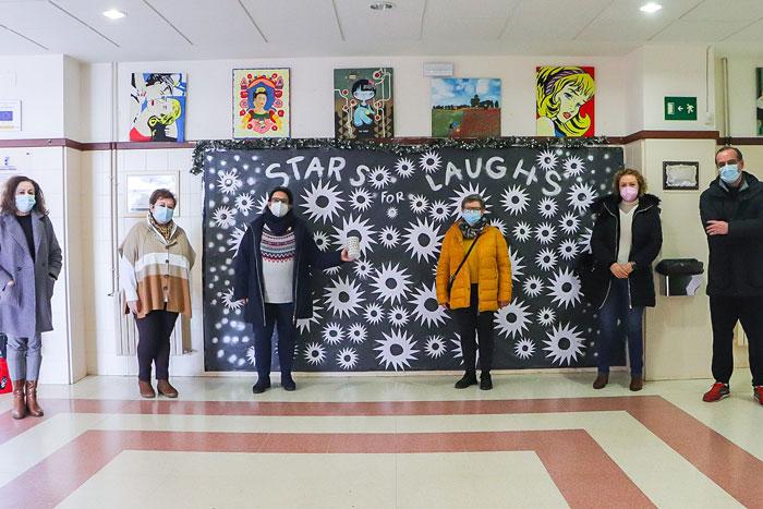 Las estrellas 'origami' del IES 'Alonso Quijano' revierten en otro donativo solidario para familias rabaneras con necesidades
