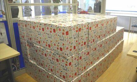 El Ayuntamiento de Boadilla entrega 231 lotes navideños a las familias más vulnerables de Boadilla