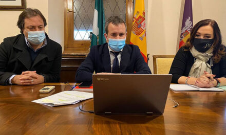 El alcalde de Jaén plantea a Junta, Diputación y Gobierno su interés por disponer de la manzana de Los Uribe-Santo Domingo como complejo cultural y propone un cambio de ubicación del archivo histórico provincial