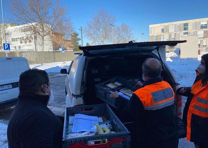 El Ayuntamiento de Pozuelo sigue prestando el servicio de comida a domicilio para personas en situación de vulnerabilidad