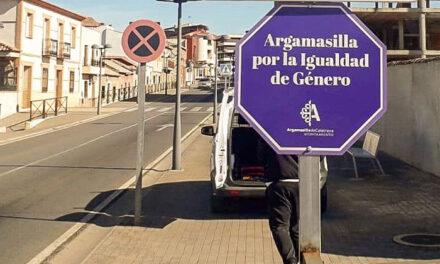 La hostelería de Argamasilla de Calatrava se implica también en la lucha contra la violencia de género