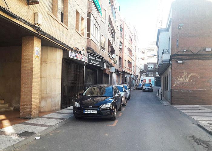 Los propietarios de cocheras de calle Santísimo dispondrán de aparcamiento gratuito durante las obras de peatonalización