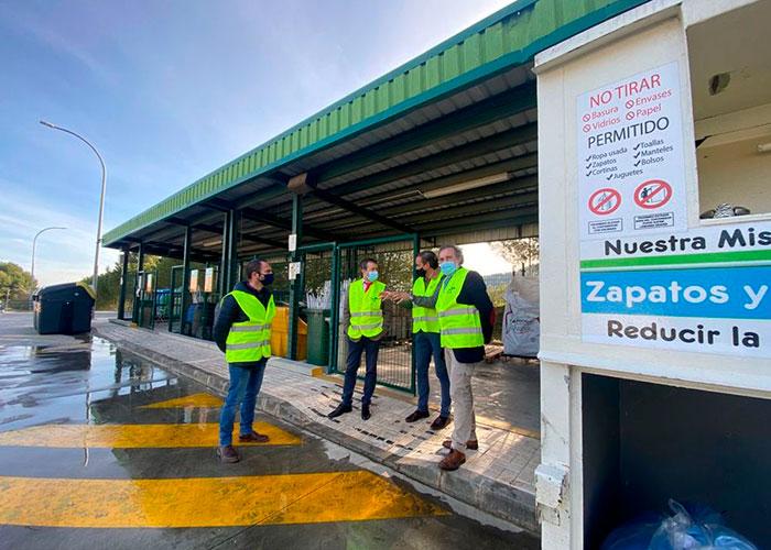 El Ayuntamiento de Jaén anima a incrementar el uso del punto limpio, que duplica su capacidad con una inversión de 400.000 euros