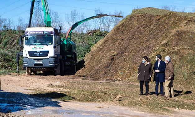 Pérez Quislant visita el Parque Forestal Adolfo Suárez donde se trata el resto vegetal recogido de las calles