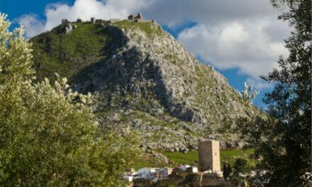 El Ayuntamiento licita la prestación de servicios y asistencia técnica para la consolidación de la Fortaleza Alta de la Peña de Martos