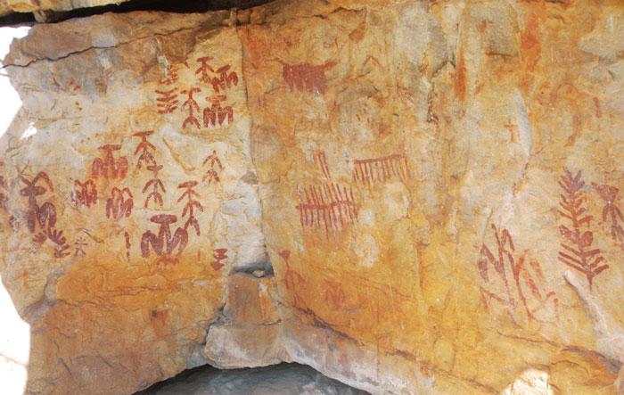 Pinturas esquemáticas de Fuencaliente