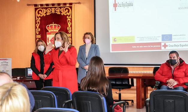 El Ayuntamiento de Argamasilla de Calatrava y Cruz Roja capacitan a mujeres ante la gran demanda para instalar plantas fotovoltaicas en la comarca