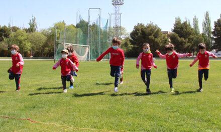 Cerca de 30 deportistas en las Jornadas Lúdico-Deportivas de la Escuela de Atletismo de Alcázar