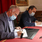Ayuntamiento de Almodóvar y AQLARA rubrican el contrato de construcción de la depuradora y posterior concesión del servicio