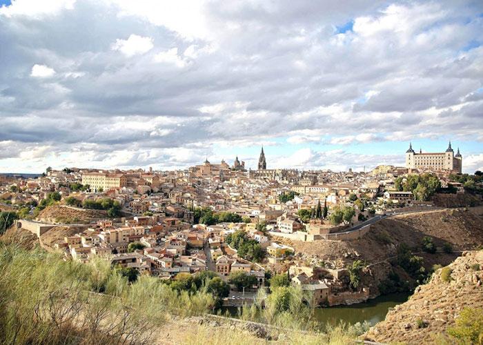 Toledo y las Ciudades Patrimonio firman con Paradores la promoción conjunta en Madrid, Sevilla, Lisboa y París