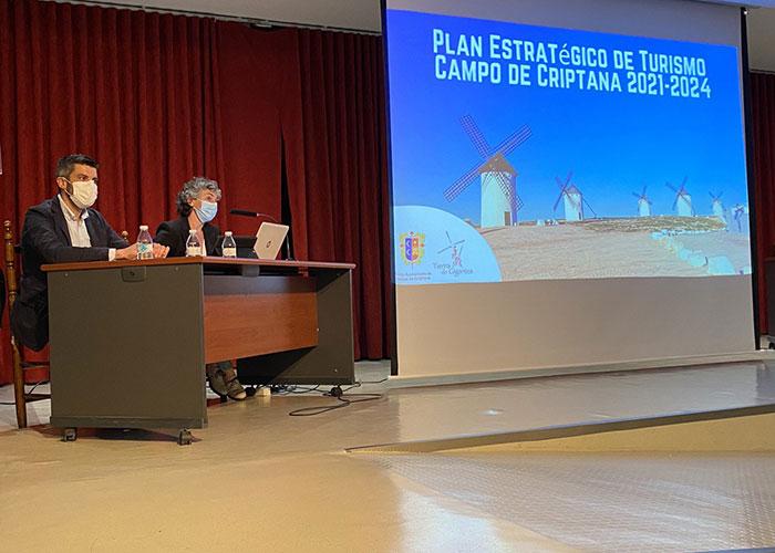 Campo de Criptana presenta el Plan Estratégico de Turismo a todos los agentes económicos y culturales implicados