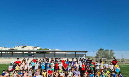 El Ayuntamiento de Jaén oferta actividades de ocio infantil durante el verano para un millar de niños y niñas en instalaciones deportivas municipales y campamentos al aire libre